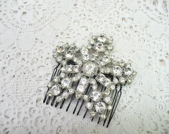 Authentic Vintage 1920s Art Deco RHINESTONE Hair Comb - Starburst or snowflake motif - GATSBY Wedding -silver pot metal - black comb - Gift