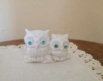 Vintage Owl Figurine -Two Owls Perched on a Branch- Rhinestone Blue Eyes 2""