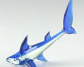"""Great Blue Shark Art Glass Miniature Figurine 5 1/2"""" long"""