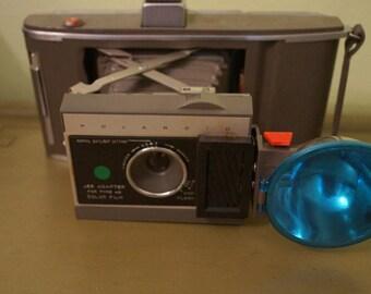 Vintage 1960s Polaroid Land Camera J66