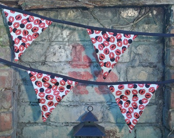 Hen Party Bunting Kisses Bridal Shower