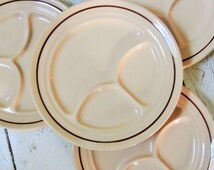 Vintage, SET of FOUR, Buffalo China, Restaurantware, Grill Plate. 9.5 inch, Made in USA