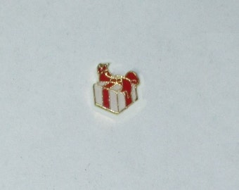 Red White Gift Box Package HGC1515-1 Gold Floating Charm for Glass Memory Locket