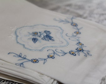 Vintage White Blue Embroidery Dinner Cloth Napkin Set of 12 Shabby Chic Farmhouse Napkins