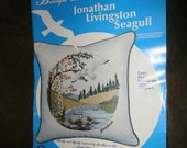 "Vintage Cameo PILLOW Kit  Inspired by Jonathan Seagull / Crewel / Stamped Linen / Cording / Yarn / 14"" square / Paragon Needlecraft Kit 0891"