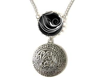 Arabesques necklace