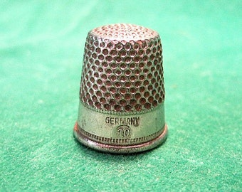 Size 10 Vintage Sewing Thimble ~ Made in Germany ~
