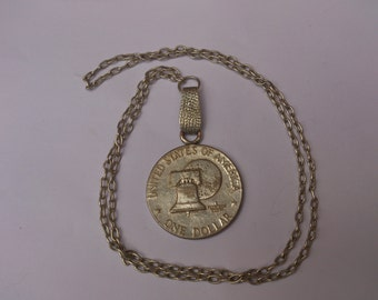 vintage coin pendant and chain 1776-1976 Dollar