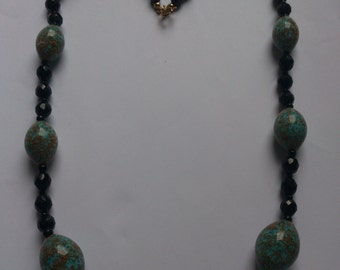 vintage Art Deco bead necklace