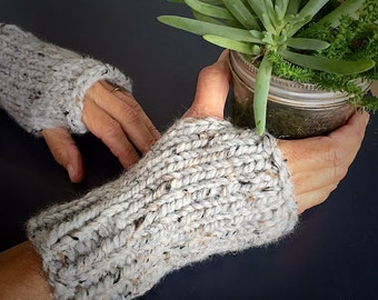 Bulky Wool Knitted Fingerless Gloves (FREE SHIPPING!!)