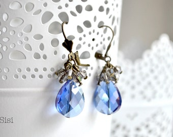 Drop crystal earrings blue gray