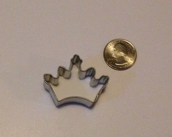 "1.75"" Mini Crown Cookie Cutter"