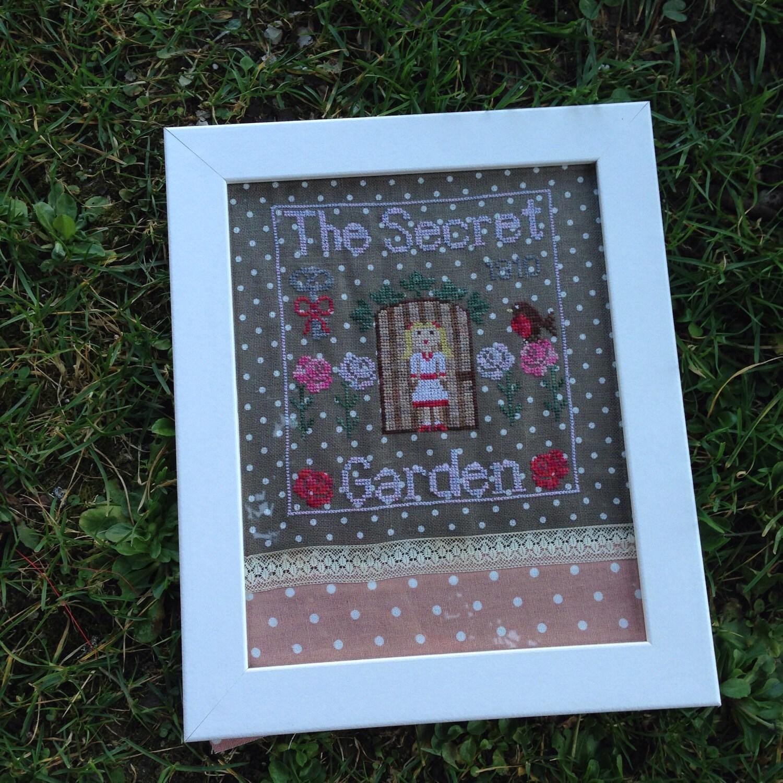 Kit the secret garden cross stitch from shamrockcrossstitch on etsy studio - Il giardino segreto pdf ...