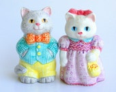 Vintage Easter Parade Avon Collectible Salt & Pepper Shakers Cute Kitty Cat Couple Male and Female Cats Bow Tie Clutch Purse Dapper Dan