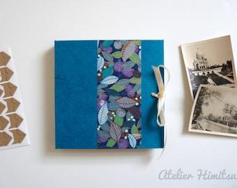 Photo album square. Accordion album. Leporello. Japanese paper. Turquoise. Gold. Plant. Delicate.