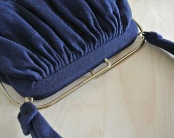 1950s 1960s Garay Wool Handbag with Metal structured Closure Top Navy Blue Retro Mod