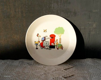 Vintage Small Childs Plate/Side Plate Made by Johnson of Australia