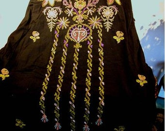 Woman's Vintage DRESSING GOWN Circa 1850- 1900