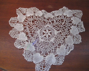 Hand crochet heart doily, off white, cotton, shabby chic decor
