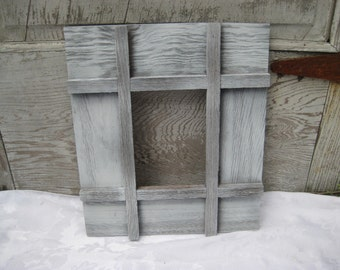 White painted rustic picture frame, wide wood frame, vintage primitive frame, 5 x 7, distressed frame, shabby chic decor