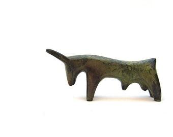 Minoan Bull bronze museum copy , Greek metal art replica,  minoan taurus