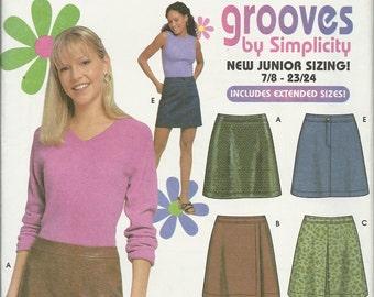 Simplicity 9705      Juniors  Mini Skirts    uncut  Size 7/8-15/16