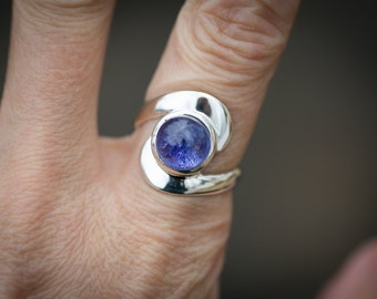 Tanzanite Cabochon Ring - Tanzanite Sterling Silver Size 7, 8 or 9 - Tanzanite Silver Ring -Tanzanite - December Birthstone Tanzanite
