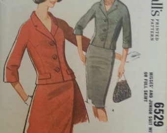 McCall's #6529 - Misses & Junior Suit with Slim or Full Skirt - Size 10, Bust 31 - Vintage - Sewing Pattern