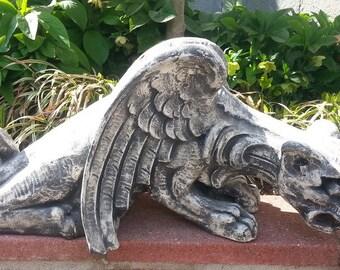 Huge Mythical Creepy Crawler Gargoyle