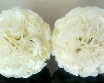 2x Handmade ivory pomander/kissing balls SALE