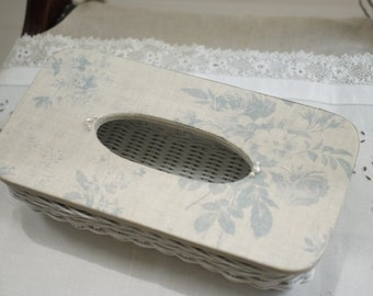 Fabric Covered + White Basket Tissue Box PEONY&SAGE Linen Flora Powder Blue / For Country Cottage Interior Shabby Chic