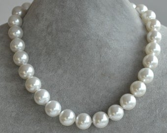 Huge pearl Necklace,14mm Glass Pearl Necklace,single strand big Pearl Necklace,Wedding Necklace,mother necklace,Jewelry,had knotted necklace