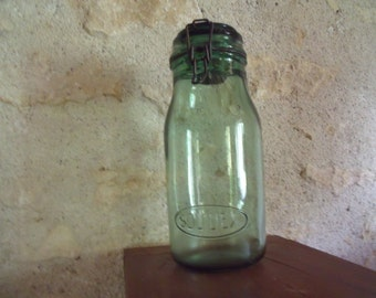 1940 , giant Solidex , french glass canning jar , with lid , perfect condition