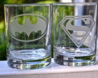 Superhero Etched rocks glass, Superman, Batman, Avengers, Deadpool, Wonderwoman Thor, Punisher, Flash, Green Lantern glasses