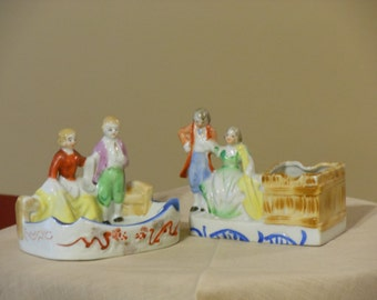 Two Japan Porcelain Ash Trays with Colonial Figures