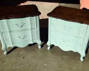 Nightstands Two French Provincial Ornate Country French Shabby Chic Coastal Cottage by Broyhill Matching Set