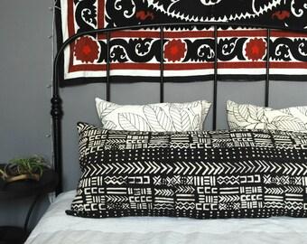 Lumbar Bogolan Mudcloth Pillow cover, African Mudcloth Bolster Pillow, Mudcloth pillow, Bogolan Pillow, Lumbar Pillow, tribal pillow