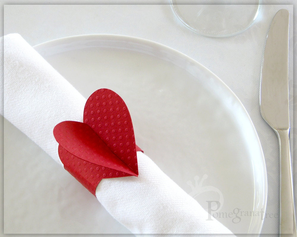 red heart paper napkin rings party decorations. Black Bedroom Furniture Sets. Home Design Ideas