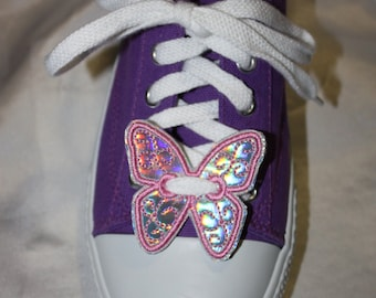 Butterfly shoe charm or pin, applique style or freestanding lace machine embroidery design