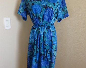 "Vintage Dress Made in The 1960's In USA By 'Nancy Frock' - Size 42"" Chest"