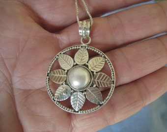 Sterling Silver Flower Pearl Pendant Chain (293)