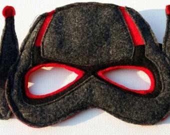 Ant-man super hero mask and cuffs set.