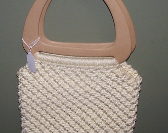 Vintage Macrame Cream Purse