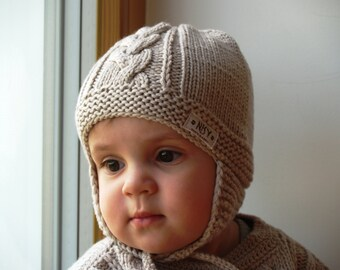 Beige knit bonnet for baby. Merino wool earflap hat baby / toddler. Pilot hat, hand knitted. Many colors available. Sizes 0-24Months