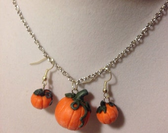 Pumpkin Patch Necklace and Earrings Set