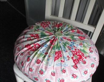 Medium Plumpcious round cushion/pillow