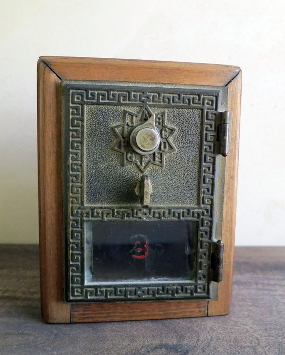 po box door coin bank post office box wood coin bank. Black Bedroom Furniture Sets. Home Design Ideas