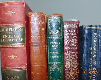 Items similar to on stage for christmas a vintage book collection of royalty free one act - Deco volwassen kamer man ...