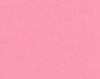 Kona Cotton in Bubble Gum - Robert Kaufman (K001-261)