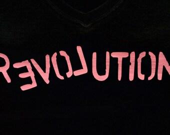 Love Revolution | Lady-Fit V-Neck Tee | Large | Black
